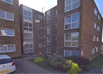 Thumbnail Studio to rent in Cromarty Court, Bromley