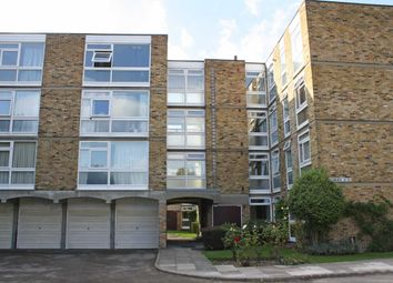 Thumbnail 2 bed flat to rent in Corfton Road, London