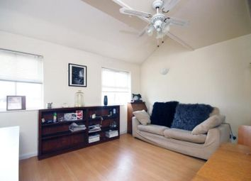Thumbnail 2 bedroom flat to rent in Whitechapel, London