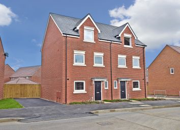 Thumbnail Semi-detached house to rent in Bolton Drive, Shinfield, Reading