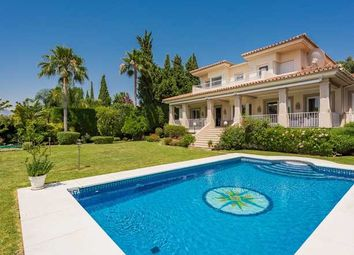 Thumbnail 5 bed villa for sale in El Paraiso Medio, Estepona, Costa Del Sol