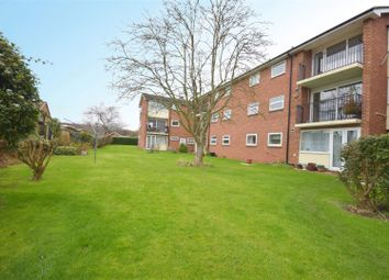Thumbnail 2 bed flat for sale in Sandfield Road, Stratford-Upon-Avon