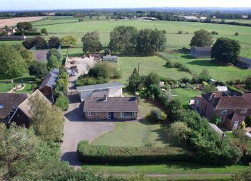 Gainfield, Buckland, Faringdon SN7. 4 bed detached bungalow for sale