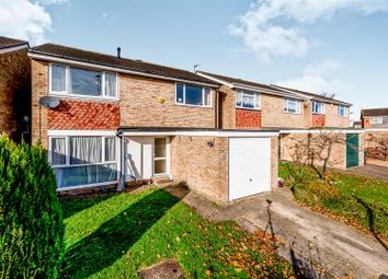 Thumbnail 4 bed detached house to rent in Bamburgh Drive, Bedford