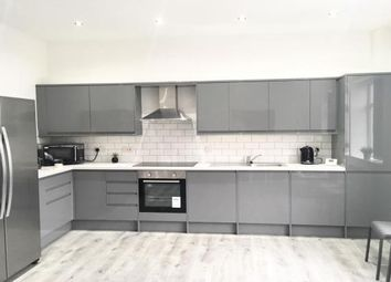 5 bed property to rent in Ladybarn Lane, Fallowfield, Manchester M14