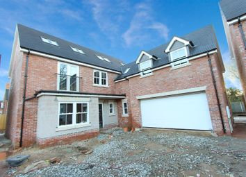 Thumbnail 6 bed detached house for sale in Willow Lane, Rugby