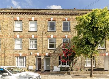 3 bed property for sale in Henshaw Street, London SE17