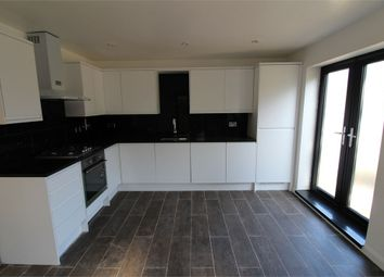 Thumbnail 2 bed flat to rent in 6A Webster Road, Bermondesy, London