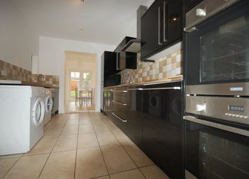 Thumbnail 6 bed property to rent in Livingstone Road, London