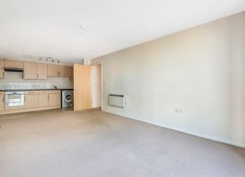 Thumbnail 1 bed flat for sale in St. George Wharf, London