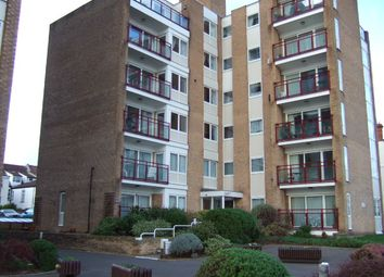 Thumbnail 2 bedroom flat to rent in Overcliff, Westcliff-On-Sea