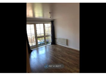 Thumbnail 2 bed flat to rent in Malt, Romford