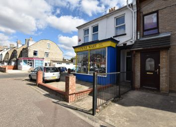 Thumbnail 1 bed flat to rent in Wellesley Road, Clacton On Sea, Essex