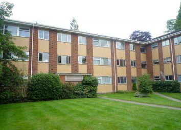 Thumbnail 1 bed flat to rent in Brockley Combe, Weybridge