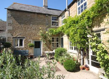 Thumbnail 6 bed town house for sale in High Street, Market Deeping, Peterborough
