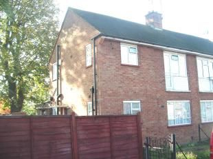 Thumbnail 1 bedroom maisonette to rent in Bartram Close, Hillingdon
