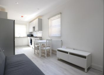 3 bed shared accommodation to rent in Mellish Street, London E14