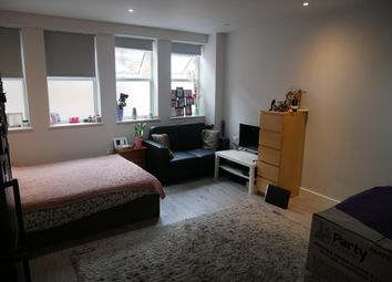 Thumbnail Studio to rent in Brent Street, Hendon, London