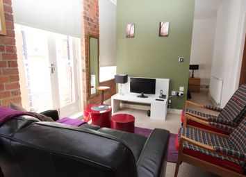 Thumbnail 1 bed flat to rent in Broadway, Nottingham