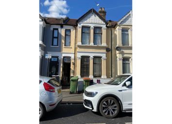 5 bed terraced house to rent in Britannia Road, Ilford IG1