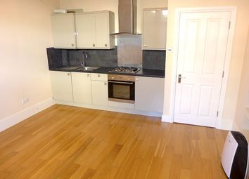 Thumbnail 1 bed flat to rent in Barclay Road, Croydon