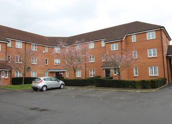 Thumbnail 2 bedroom flat to rent in Layton Street, Welwyn Garden City