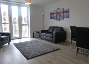 Thumbnail 1 bed flat to rent in Oscar Wilde Road, Reading