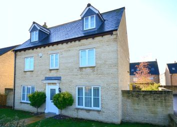 Thumbnail 5 bed detached house to rent in Bluebell Way, Carterton