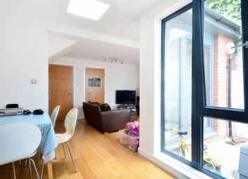 Thumbnail 2 bed property to rent in Piano Lane, Stoke Newington