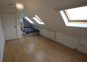 Thumbnail Room to rent in Woodstock Gardens, Ilford