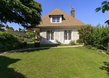 Thumbnail 5 bed villa for sale in Chatou, Chatou, France