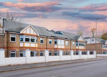 Minley Road, Fleet GU51. 3 bed flat for sale