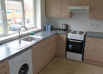 Thumbnail 1 bed flat to rent in Highview Close, Potters Bar