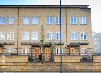 Thumbnail 5 bed town house for sale in St. Davids Square, London
