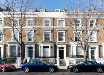 Upper Addison Gardens, London W14. 1 bed flat for sale