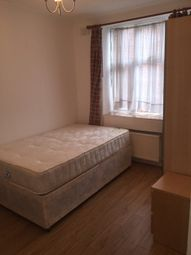 Thumbnail 3 bedroom flat to rent in Quadrant Close, The Burroughs, London