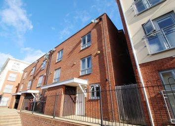 Thumbnail 3 bedroom town house for sale in Curzon Street, Reading