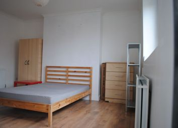 Thumbnail 5 bed flat to rent in Thornaby House, Canrobert Street, Bethnal Green