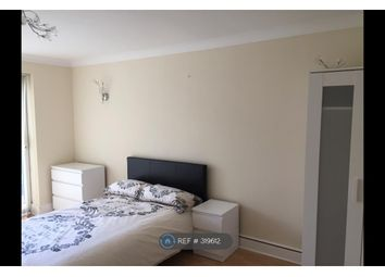 Thumbnail Room to rent in Malgraves, Pitsea