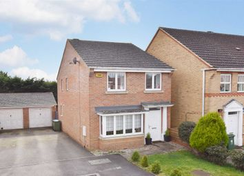 Thumbnail 3 bed detached house for sale in Weybridge Close, Sarisbury Green, Southampton