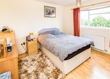Thumbnail 2 bed flat to rent in Elizabeth Road, Stamford