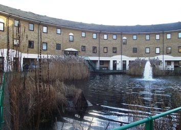 Thumbnail Flat to rent in Plover Way, London