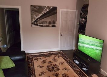 4 bed terraced house to rent in City Road, Sheffield S2