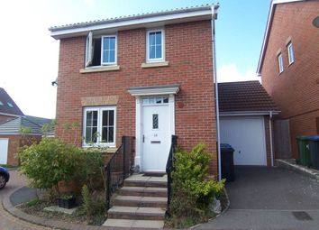Thumbnail 3 bed detached house to rent in Gardeners End, Rugby