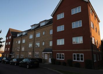 Thumbnail 2 bed flat to rent in Kendal, Purfleet, Essex, England