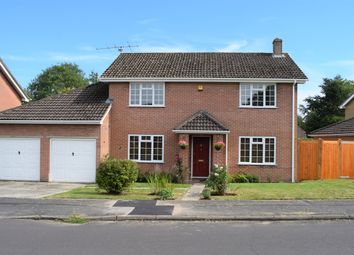Thumbnail 4 bed detached house for sale in Lomond Close, Oakley