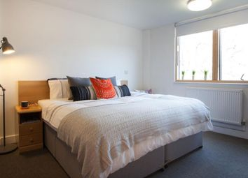 Thumbnail Studio to rent in Halsmere Road, Camberwell, Camberwell