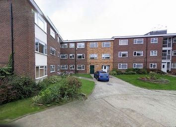 Thumbnail 2 bedroom flat to rent in Horn Lane, Woodford Green