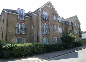 Thumbnail 1 bed flat to rent in Hollyfield Road, Surbiton