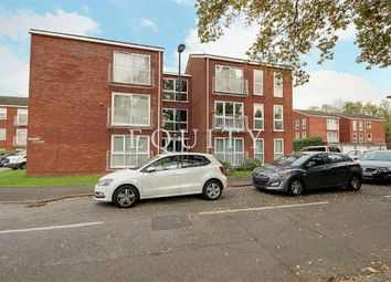 Thumbnail 2 bedroom flat for sale in Roundhedge Way, Enfield